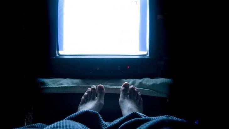 В брянском общежитии уголовник украл телевизор у соседа