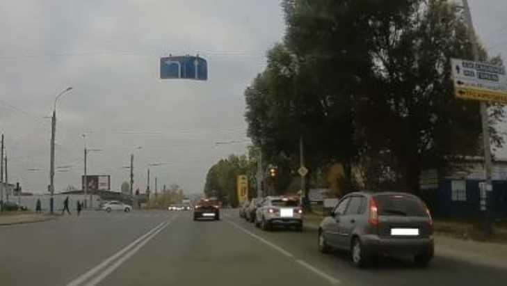В Брянске двоих водителей оштрафовали по видео в соцсетях