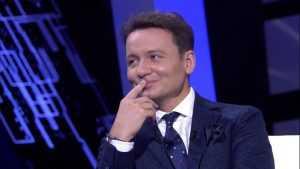 Актер Александр Олешко расскажет, почему распался его первый брак