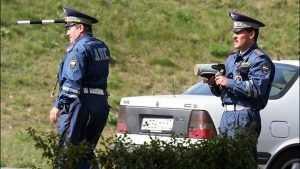 Брянских автолюбителей предупредили о коварных полицейских