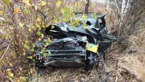 На брянской трассе в перевернувшемся автомобиле пострадали 3 человека