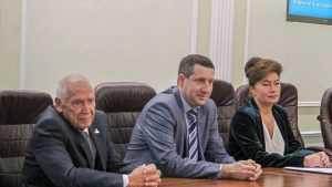 Брянский учитель Юрий Клюев встретился в БГУ с будущими педагогами