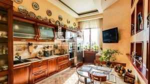 Дорого и богато: В сети опубликовали фото квартир москвичей за 100 миллионов