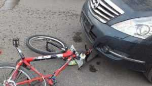 В Климовском районе водитель «Ниссана» покалечил велосипедиста