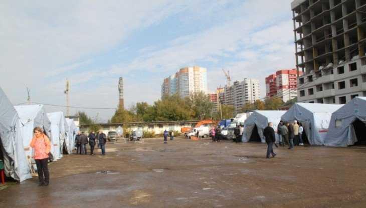 В Брянске в старом аэропорту развернули палаточный городок