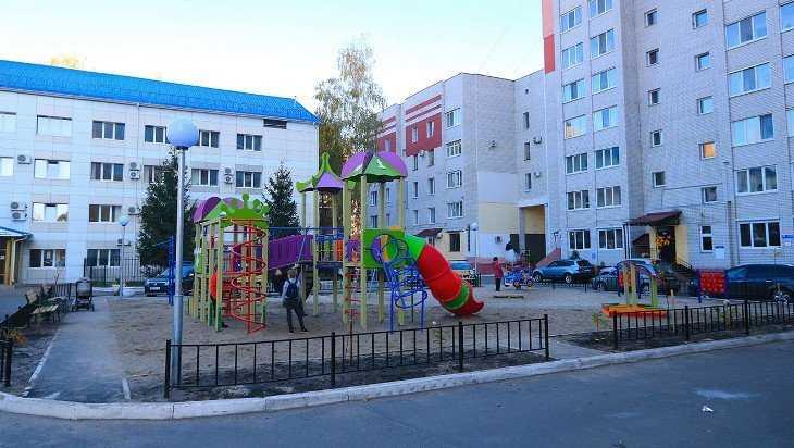 В Брянске прошел очередной День двора
