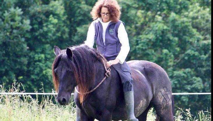 Брянцы простились с трагически погибшим экологом Лорой Уильямс
