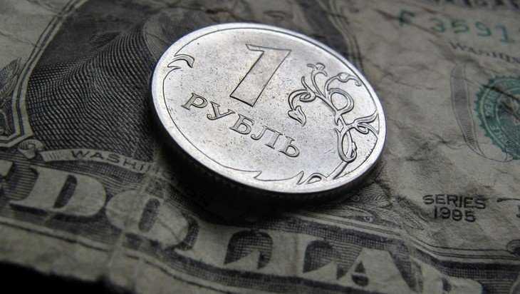 В России предсказали падение роли доллара на мировом рынке