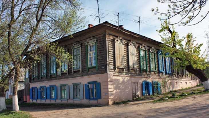 Жители Клинцов и прокурор защитили памятник культуры от сноса