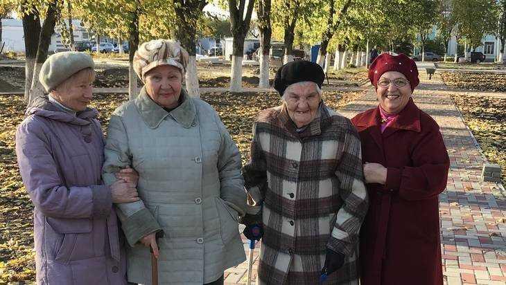 В Брянске неподкупные дамы почтенного возраста вышли в дозор