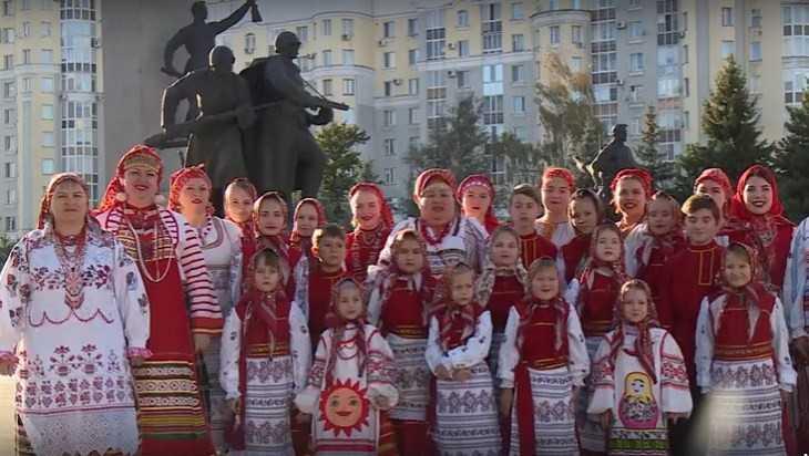 Путина поздравил с днем рождения брянский ансамбль «Околица»