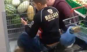 В Дятькове сняли видео погрома в магазине «Магнит»