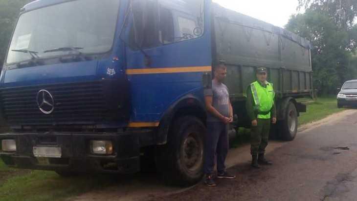 Белорусы с контрабандным металлоломом попались брянским пограничникам