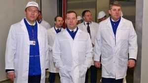 Медведев выделил брянскому сельскому хозяйству 4,4 миллиарда рублей