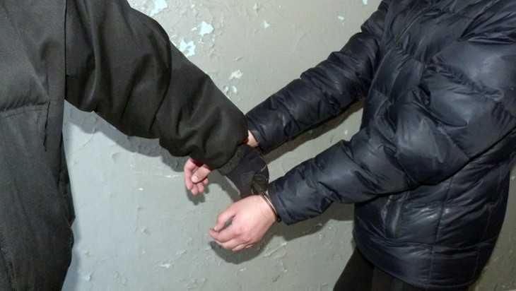 В Брянске 32-летнего таджика будут судить за торговлю героином