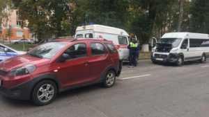 В Брянске 62-летняя пассажирка маршрутки сломала руку в ДТП