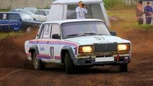 Житель Брянска превратил «Жигули» в гоночный автомобиль
