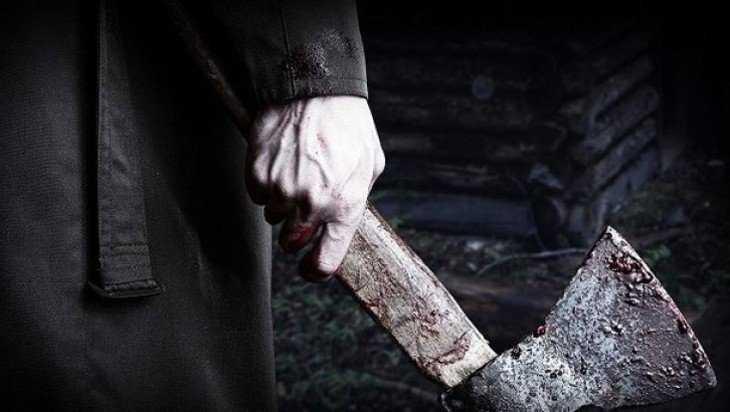 В Стародубском районе пьяный мужчина зарубил топором сожительницу