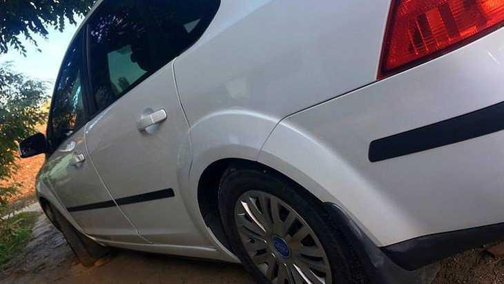 В Севском районе женщину задавил ее собственный автомобиль