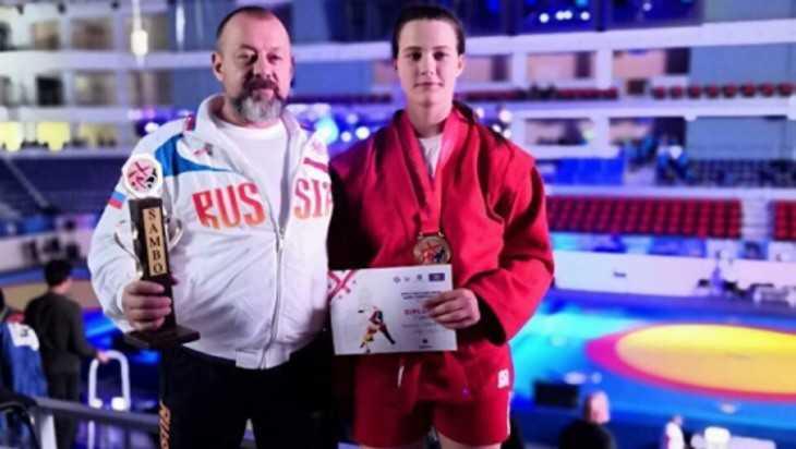 Еще одна брянская самбистка взяла «золото» чемпионата мира