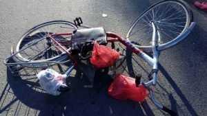 В Сураже 62-летняя велосипедистка попала под машину и покалечилась