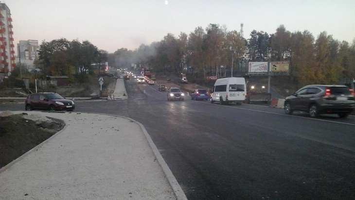 Новую дорогу на улице Романа Брянского сомкнули со Смоленским шоссе