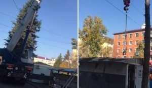 Самый загадочный киоск в Брянске около площади Партизан снесли