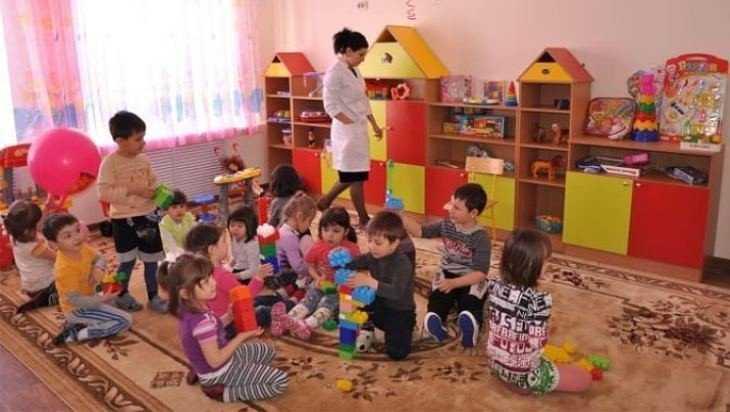 Брянские власти объявили план строительства детских садов