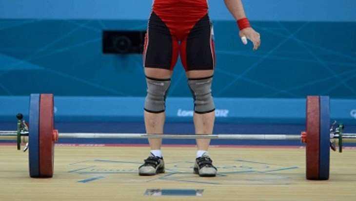 Студент Игорь Федосов стал чемпионом Брянской области по тяжёлой атлетике