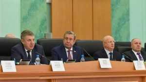 Брянский областной бюджет приняли с профицитом в 350 миллионов рублей