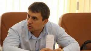 Живший на прожиточный минимум в 3,5 тысячи рублей депутат закончил эксперимент