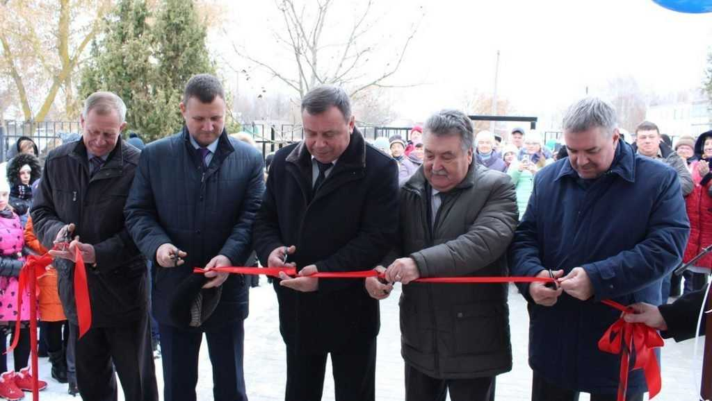 В Унечском районе открыли после капремонта фельдшерско-акушерский пункт