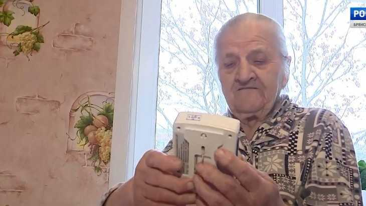 Прокурор заставит бродячих торговцев вернуть деньги брянской пенсионерке