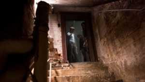 Из подвала брянского общежития украли два велосипеда и бензопилу