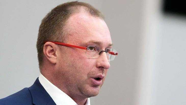 Сын Жириновского во время региональной недели отправился в «округ» США