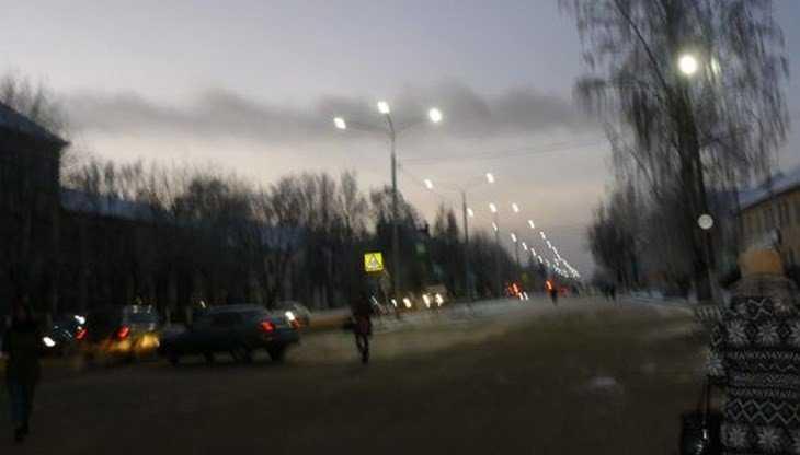 В центре Дятькова появились новые светодиодные фонари