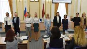 Чиновники брянского правительства стали моделями