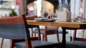 Голодные брянцы подрались в кафе из-за столика