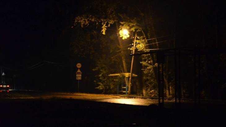 Прокуратура потребовала осветить две остановки в Фокинском районе Брянска