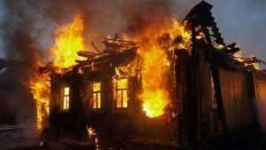 В Дятьковском районе в сгоревшем доме погиб мужчина