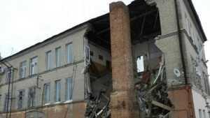 Обрушившееся здание Дома быта в Клинцах будет снесено