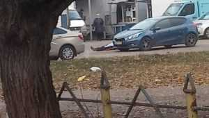 В Бежице на Литейной внезапно упал и скончался мужчина