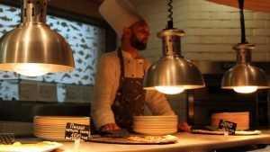 В Брянске посетитель наказал пиццерию за отказ сделать скидку