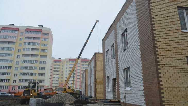 Детский сад на улице Флотской в Брянске строители сдадут на Новый год