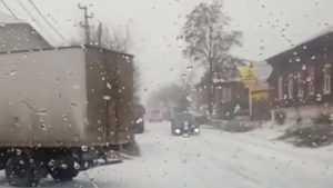 В сети появилось видео снегопада в брянском Новозыбкове