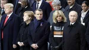 В Европе устали от феодализма США