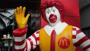 «Макдоналдс» наказали на 400 тысяч рублей за угрозу жизни и здоровью