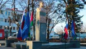 В Брянске после ремонта открыли сквер имени Александра Морозова