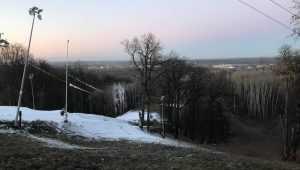 В Брянске даже без снегопадов проложили первую лыжню