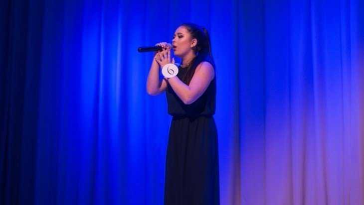 В Брянском госуниверситете провели песенный конкурс «Универвидение»